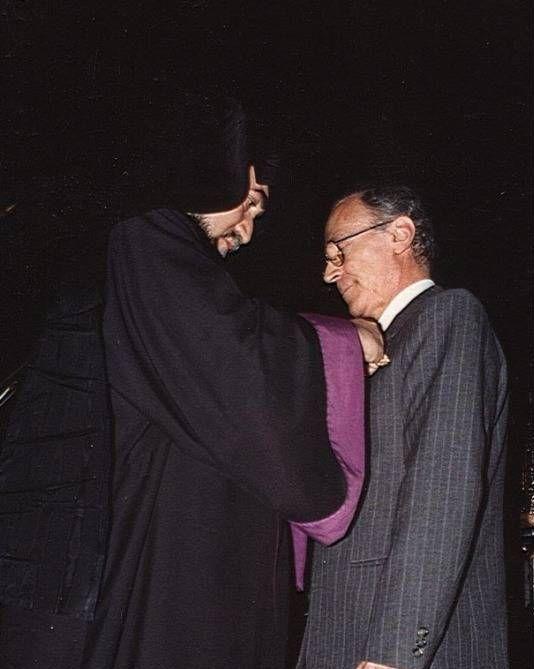 Setrak Setrakian awarded St. Mesrob Machdotz